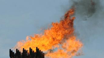 Iraq plans 3 gas processing plants to cut flaring