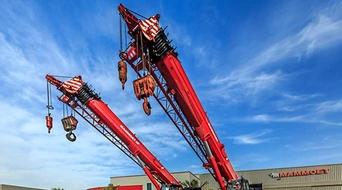 Mammoet Middle East expands its crane fleet
