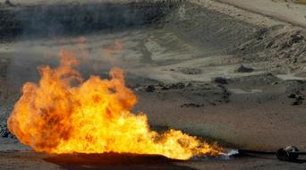 Hundreds evacuated on Alberta fire threat
