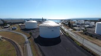 Oil trader BB Energy buys Australia oil terminal