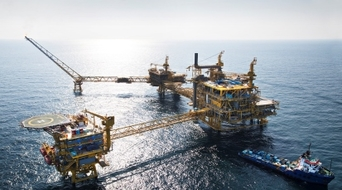 Two Qatari offshore platforms completed