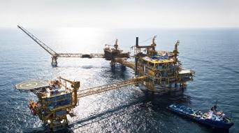 Total wins stake in Qatar's Al Shaheen oilfield