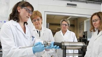 Total, Heriot-Watt sign global research alliance
