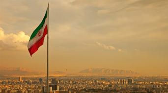 Iran talks to Siemens, Rolls-Royce for investment