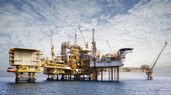 Dubai Petroleum discovers gas in offshore field