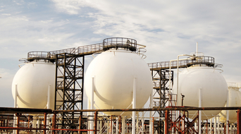 Award for Oman Duqm Refinery contracts by Q4 2016