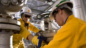 Shell to sell its stake in Iraq's West Qurna 1 oilfield to Itochu Corporation