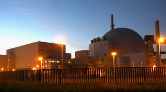 UAE awards Korean consortium $40bn nuclear deal