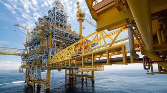 Petronas acquires 10% stake in Oman's Al Khazzan field