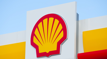 Shell to set short-term climate change goals tied to executive pay policy