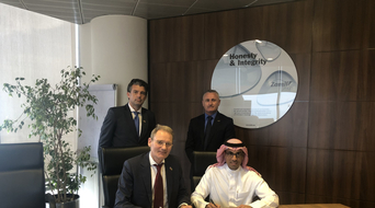Zamil Shipyards and KenzFigee sign MoU for KSA crane services and construction