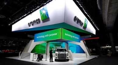 Saudi Aramco eyeing gas joint ventures, sells first LNG cargo