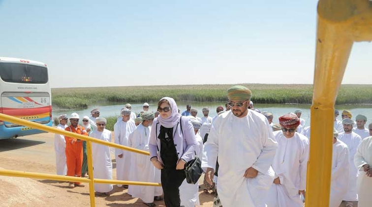 Oman's State Council delegation visits PDO's energy-saving projects