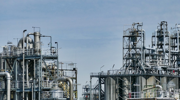 Two killed during maintenance at Saudi Aramco's SASREF refinery