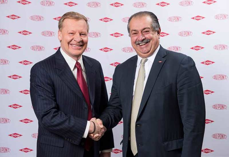 Edward D Breen (left), chairman and CEO of DuPont, and Andrew Liveris, chairman and CEO of Dow.