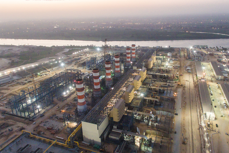 Siemens connects 10 percent more power to the grid than contractually agreed upon. Together with its local Egyptian partners, Siemens is erecting three gas-fired combined cycle power plants, each with a capacity of 4.8 gigawatts, for a total combined capacity of 14.4 gigawatts.