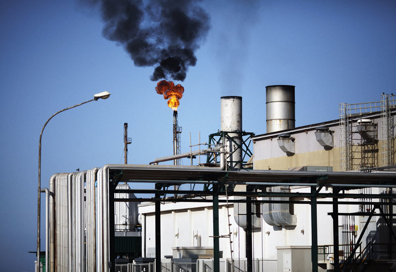 (Image for illustrative purposes only) Aramco to investigate gas leak at Jeddah Refinery.