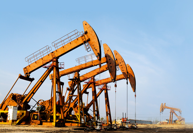 About 692m of the oilwell drilling operation was done during the first day of the new Iranian year.