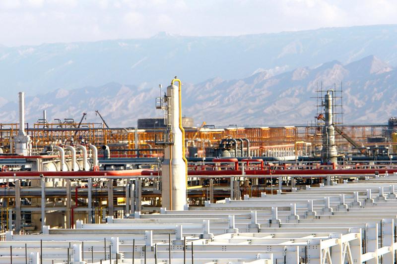 Iran has estimated recoverable oil reserves of between 140 billion barrels.