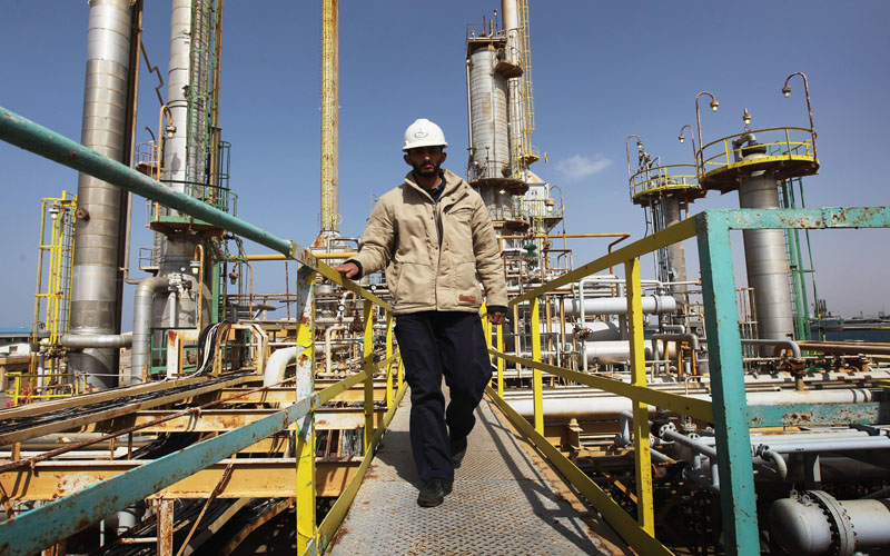 Web-based systems may keep oil workers safer.