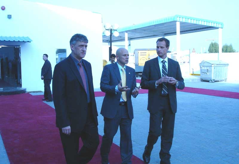 Emile Bado (centre), regional GM, Atlas Copco, Horst Wasel (left), president, Atlas Copco Speciality Rental Division and the Swedish Ambassador to UAE