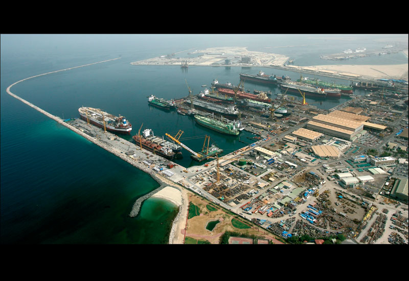 Drydocks World - Dubai is among an elite group of yards worldwide which can carry out simultaneous ULCC conversions to FPSO vessels.