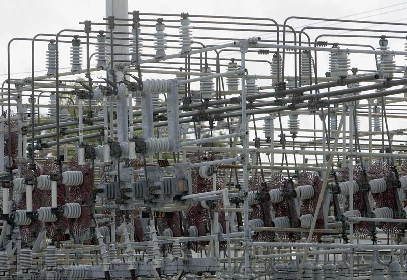 SWCC has explained how the breakdown of power and desal capacities at the two megaprojects will work.