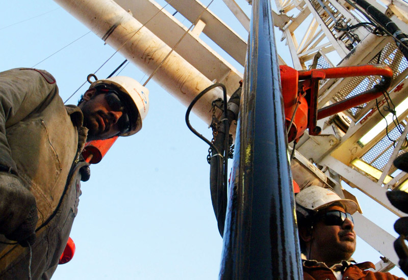 Gulf oilfield services contracts, Maintenance on oilfields, Oilfield services contracts Oman, Oilfield services Miuddle East, Oilfield services Oman, Oman oil and gas, Oman oil deals, Petroleum Development Oman, NEWS, Onshore, Services & Support