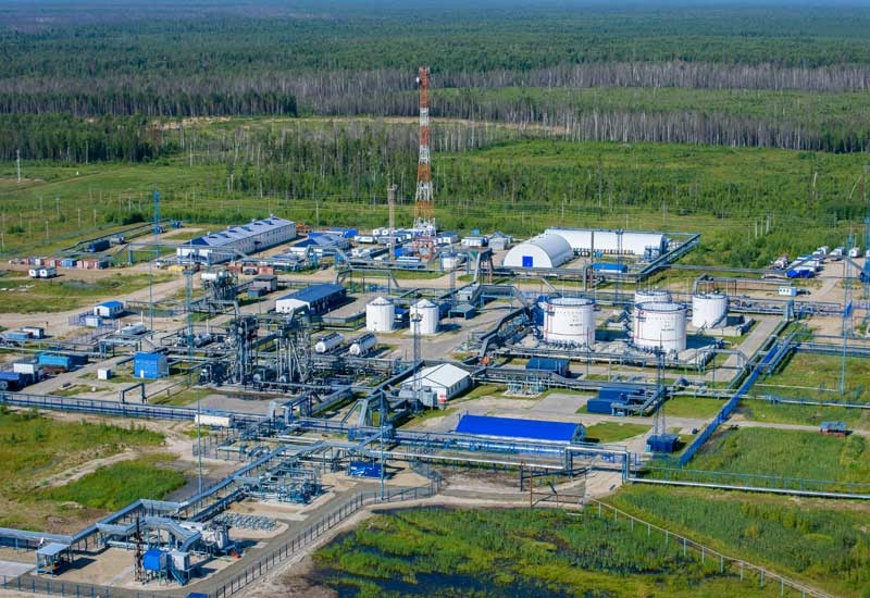 RDIF and Mubadala Petroleum will acquire a 49% equity stake in Gazpromneft-Vostok, the operator of the fields.