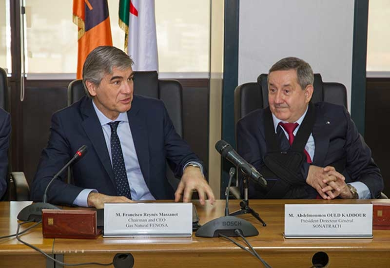 Francisco Reynes (left), chairman and CEO of Gas Natural Fenosa, and Abdelmoumen Ould Kaddour, chairman and general director of Sonatrach.