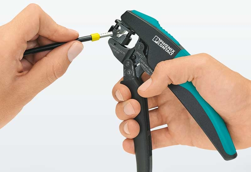These crimping pliers cover a large cross section range from 0.14 to 10mm.