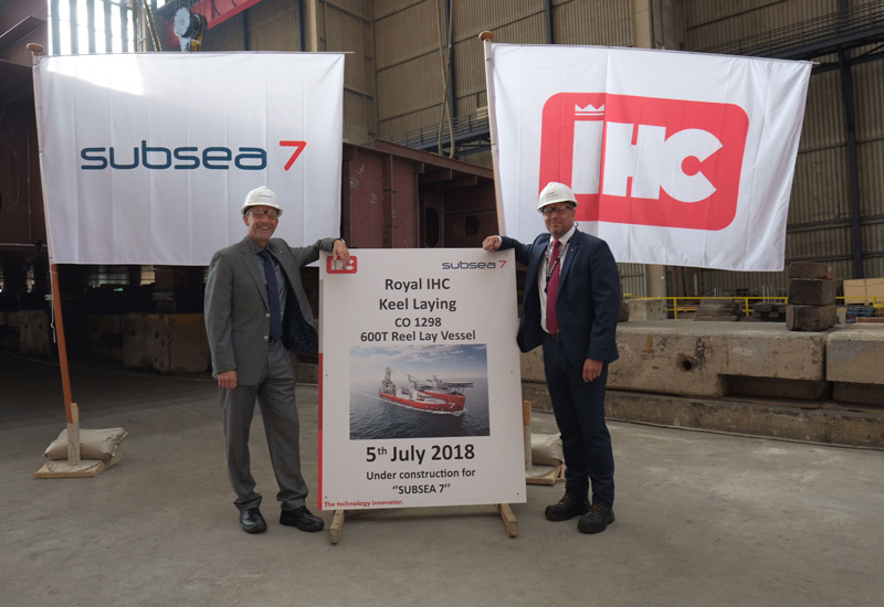 Jan van Kasteren (left) and Steven Purves (right) from the new build team represented Subsea 7 at the keel-laying ceremony.